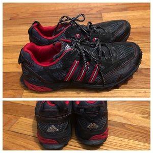Mens ADIDAS Sneakers, EUC, size US 10
